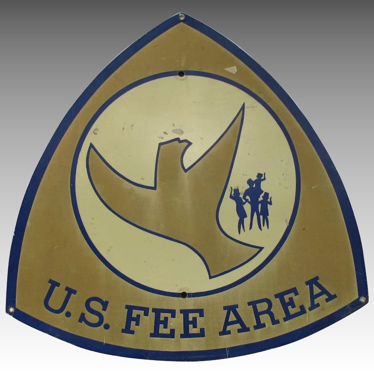 US Fee Area Sign