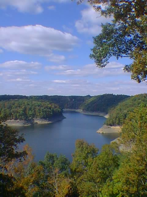 Scenic view of Lake Cumberland