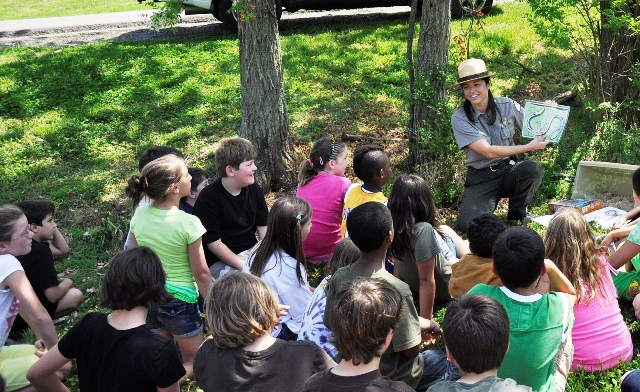 Park Ranger speaking to school children about snakes of middle Tennessee