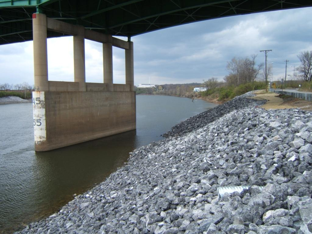 An after picture of the Cowan Street emergency streambank stabilization project in Nashville, Tenn. The project protected 800 ft of shoreline and adjacent publicly owned facilities.