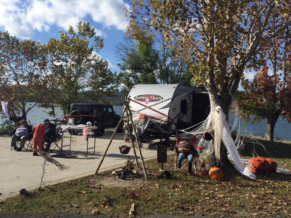 Campsite decorating contest, Oct. 2018, Obey River Campground