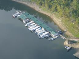 Horseshoe Bend Marina on Center Hill Lake