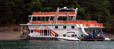 Sulpher Creek Marina Houseboat