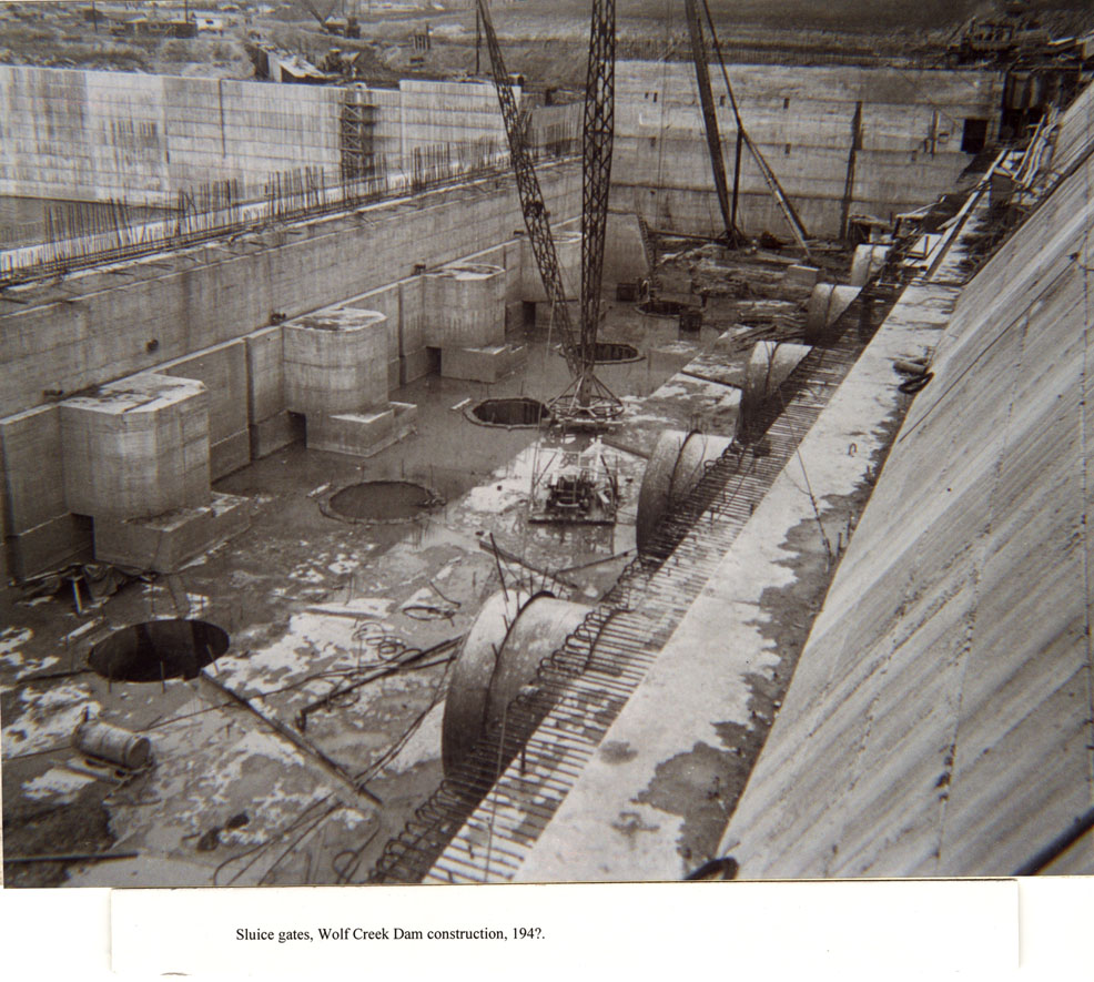 View of the construction of the sluice gate area at Wolf Creek Dam